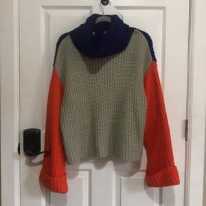 Sweaters - Color blocked turtle neck sweater